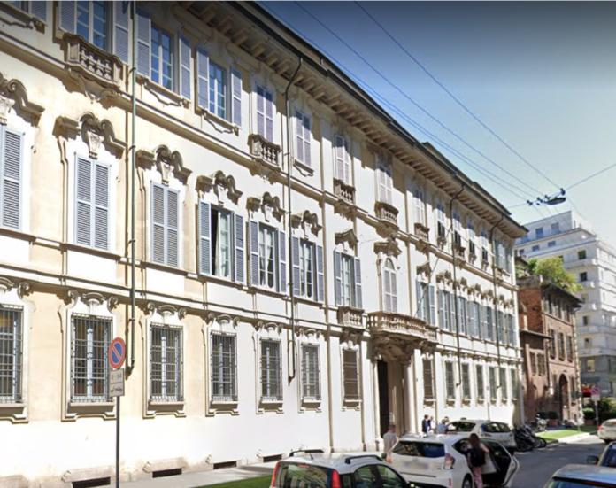 Palazzo Visconti di Modrone in centro a Milano