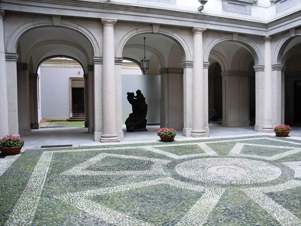 cortile interno del Palazzo Moriggia