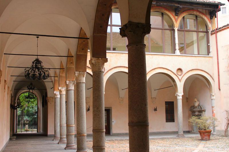 cortile interno Casa Fontana Silvestri