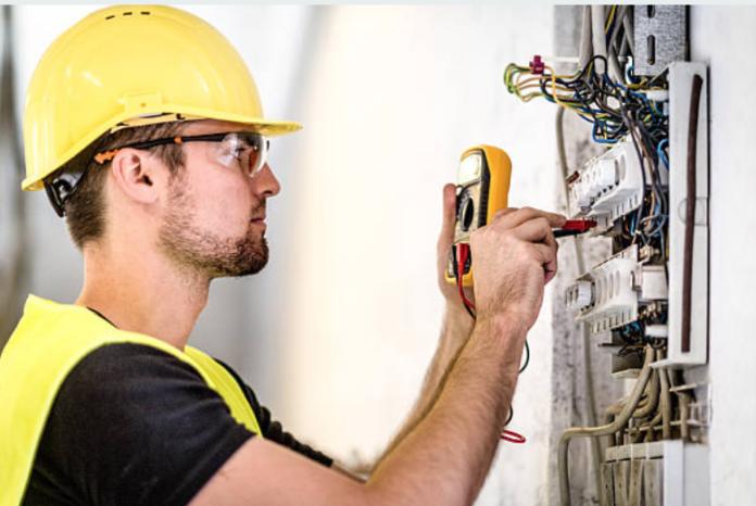 manutenzione elettrica. scegliere il professionista