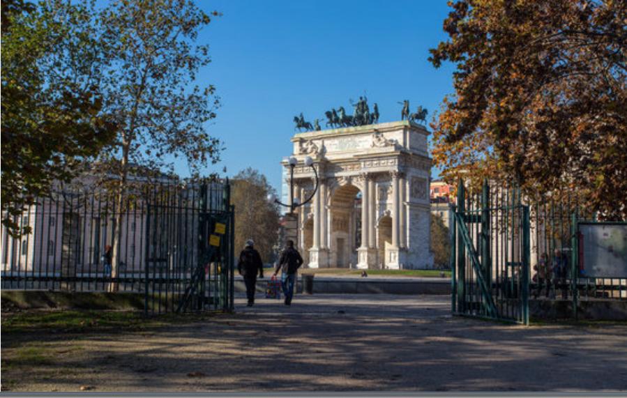 Arco della Pace in Corso Sempione a Milano
