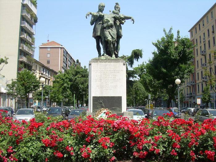 I Tri Ciucc Monumento in Porta Romana a MIlano